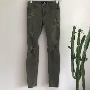 Hollister Low Rise Super Skinny Army Green Jeans